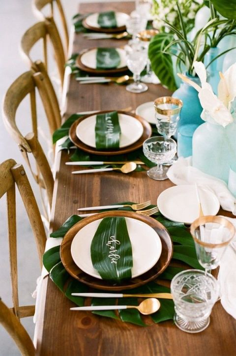 gallery-1463054745-tropical-leaves-and-sea-glass-wedding-shoot-37-600x905
